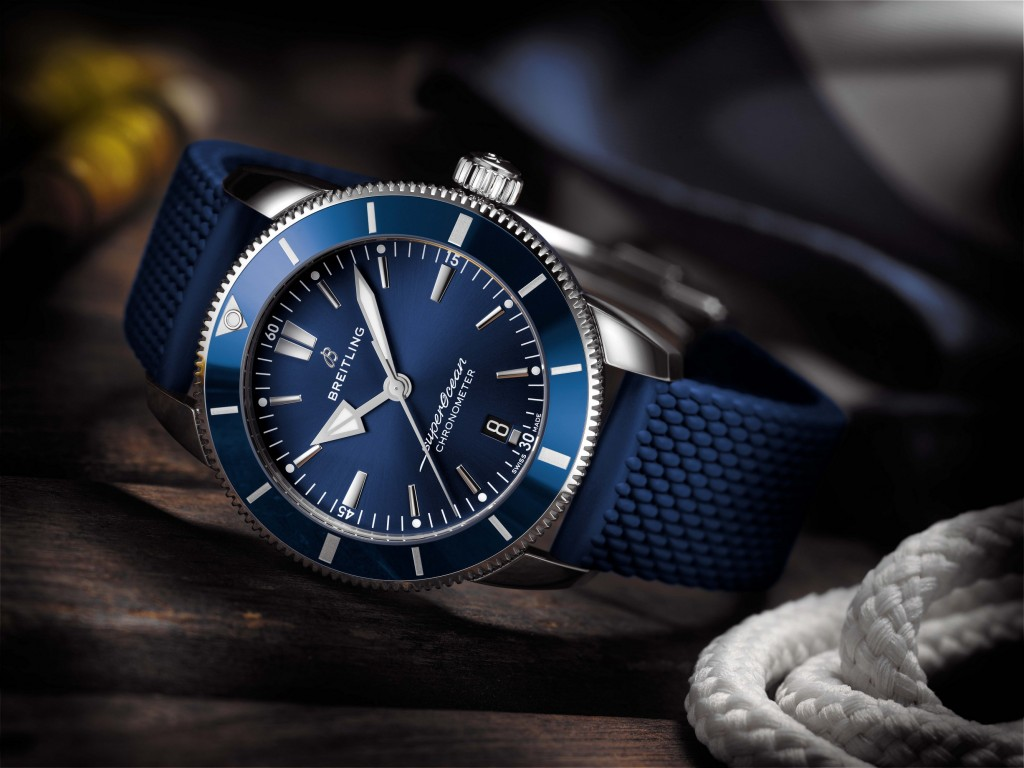 Superocean Heritage II B20 Automatic 44 with blue dial and blue Aero Classic rubber strap