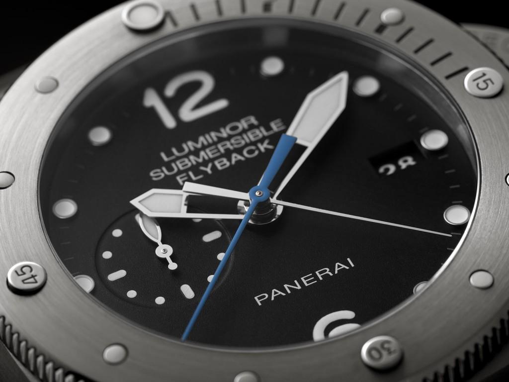 Panerai Luminor Submersible 1950 3 Days Chrono Flyback Automatic Titanio PAM614 dial