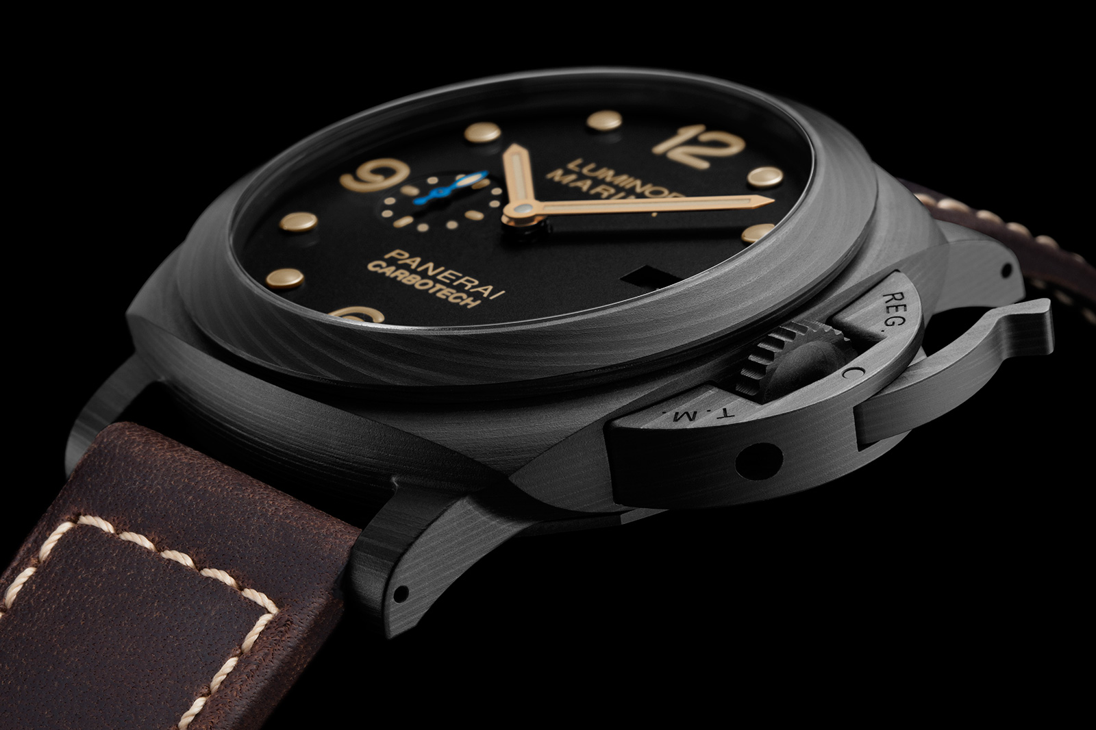 NEW: Panerai Carbotech PAM 661, Luminor Due, and more ...