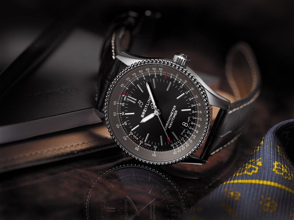 Navitimer 1 Automatic 38 with black dial and black alligator leather strap